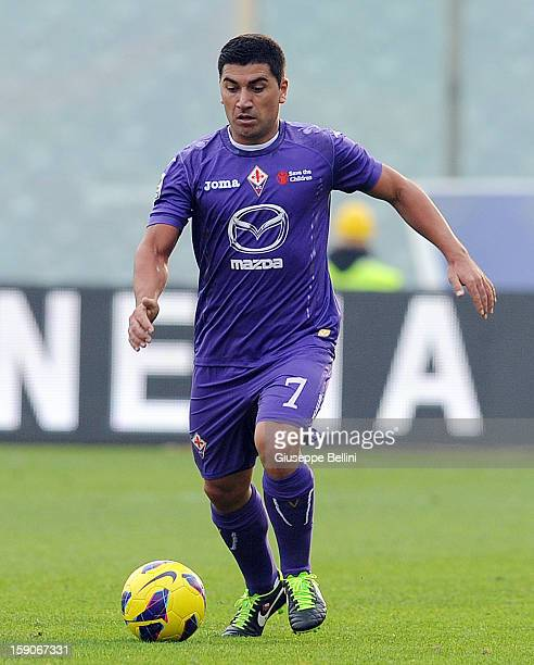 David Pizarro of Fiorentina in action during the Serie A match between ACF Fiorentina and Pescara at Stadio Artemio Franchi on January 6 2013 in...