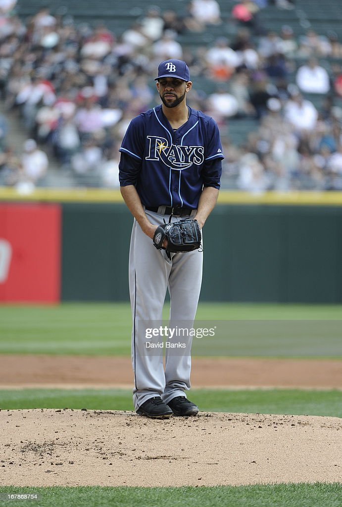 <a gi-track='captionPersonalityLinkClicked' href=/galleries/search?phrase=David+Price+-+Jogador+de+baseball&family=editorial&specificpeople=4961936 ng-click='$event.stopPropagation()'>David Price</a> #14 of the Tampa Bay Rays pitches against the Chicago White Sox on April 28, 2013 at U.S. Cellular Field in Chicago, Illinois. TheTampa Bay Rays defeated the Chicago White Sox 8-3.
