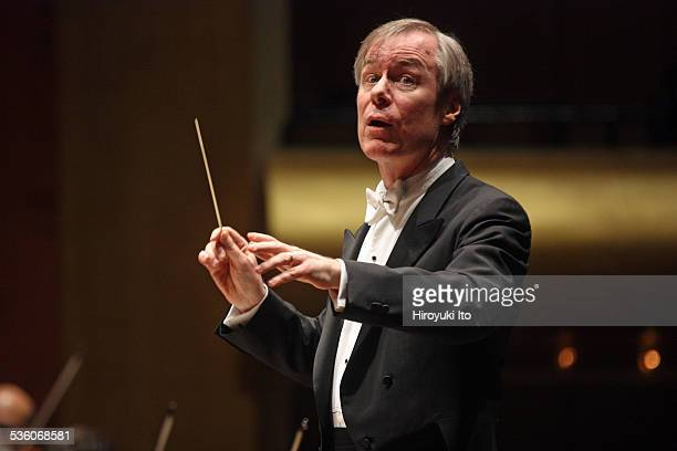 David Robertson leading the New York Philharmonic in the program of Rachmaninoff Chopin Stravinsky and Bartok at Avery Fisher Hall on Wednesday night...