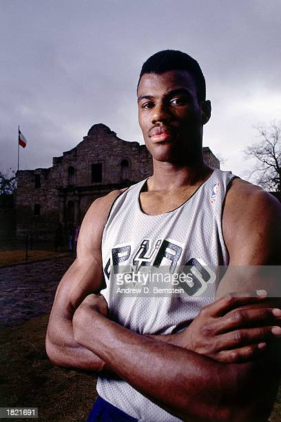 David Robinson of the San Antonio Spurs poses for a portrait in front of the Alamo during the 1989 season in San Antonio Texas NOTE TO USER User...