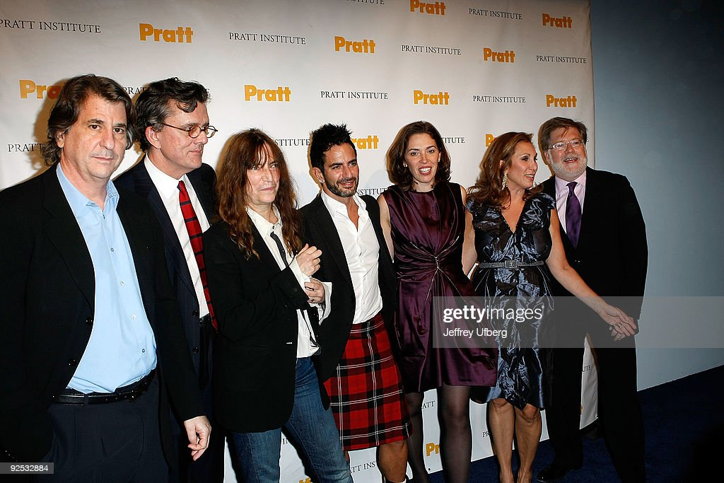 David Rockwell Kurt Anderson Singer Patti Smith Designer Marc Jacobs Amy Cappellazzo Marjorie Kuhn and Mike Pratt attend the 2009 Pratt Institute...