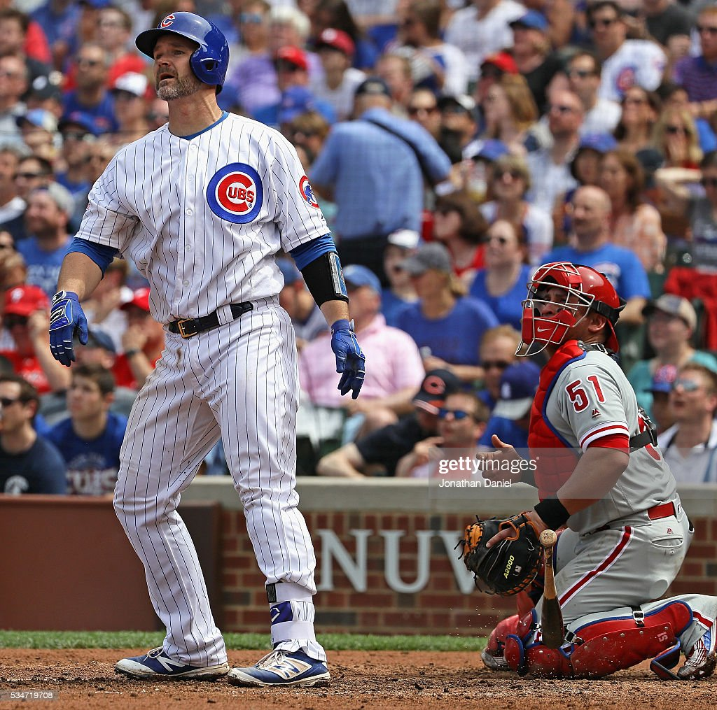 <a gi-track='captionPersonalityLinkClicked' href=/galleries/search?phrase=David+Ross+-+Baseball+Player&family=editorial&specificpeople=210843 ng-click='$event.stopPropagation()'>David Ross</a> #3 of the Chicago Cubs drops his bat after hitting the 100th home run of his career in 4th inning against the Philadelphia Phillies at Wrigley Field on May 27, 2016 in Chicago, Illinois.