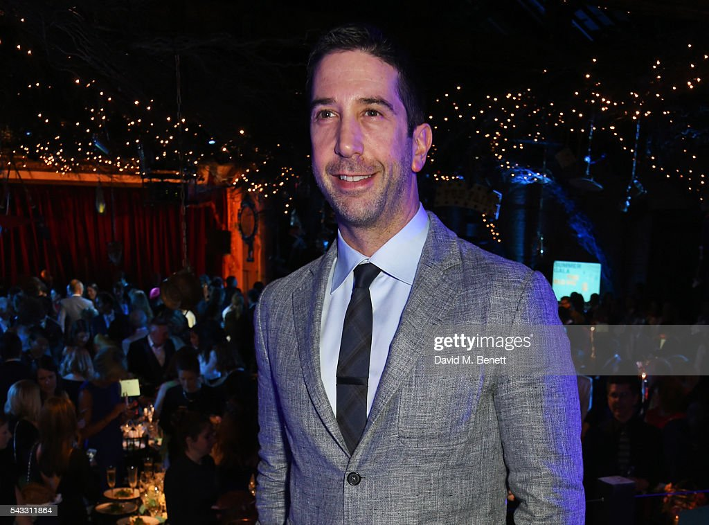 <a gi-track='captionPersonalityLinkClicked' href=/galleries/search?phrase=David+Schwimmer&family=editorial&specificpeople=206148 ng-click='$event.stopPropagation()'>David Schwimmer</a> attends the Summer Gala for The Old Vic at The Brewery on June 27, 2016 in London, England.