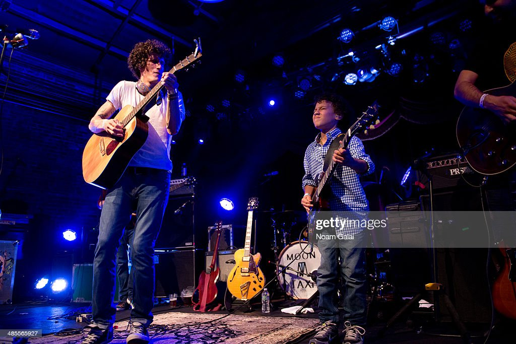 David Shaw of The Revivalists and Brandon 'Taz' Niederauer perform at Brooklyn Bowl on April 18 2014 in New York City