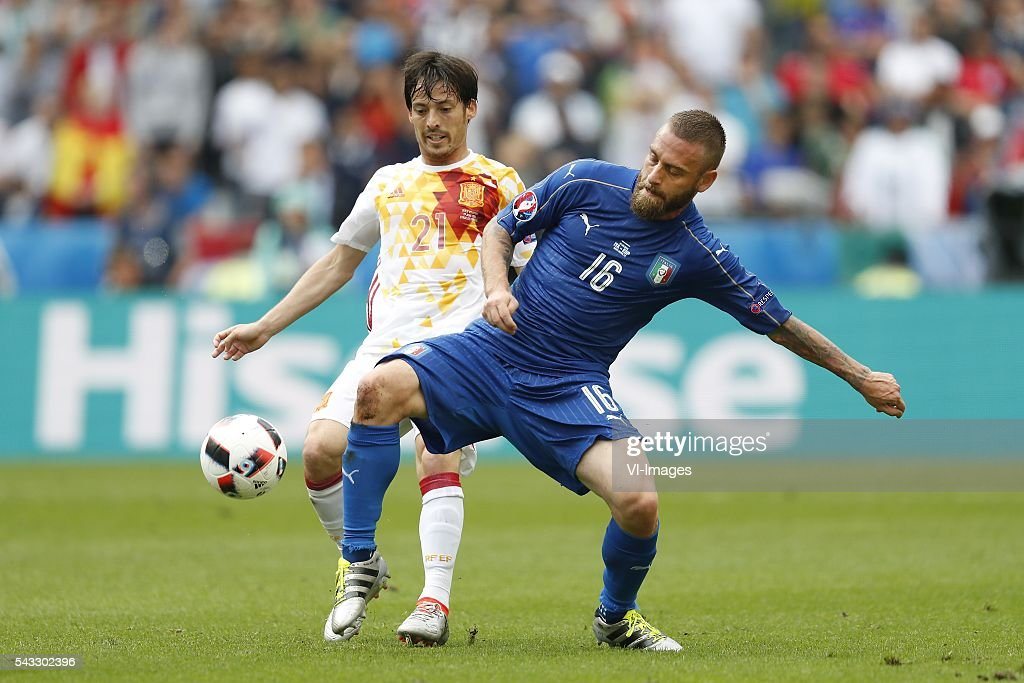 David Silva of Spain, Daniele De Rossi of Italy during the UEFA Euro 2016 round of 16 match between Italy and Spain on June 27, 2016 at the Stade de France in Paris, France.