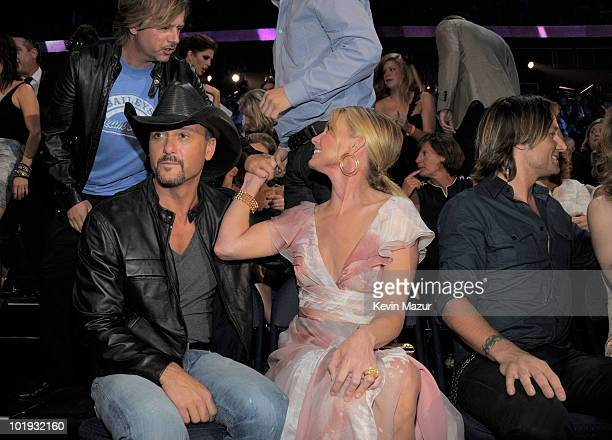 David Spade Tim McGraw Faith Hill and Keith Urban attend the 2010 CMT Music Awards at the Bridgestone Arena on June 9 2010 in Nashville Tennessee