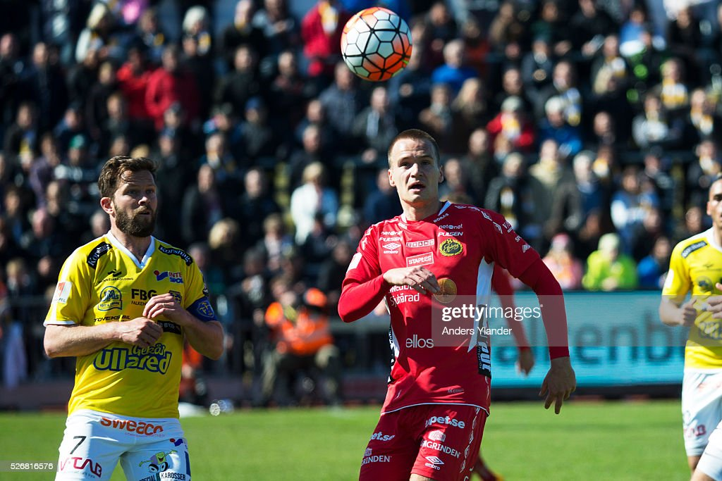 David Svensson of Falkenberg and Viktor Prodell of IF Elfsborg competes for the ball during the Allsvenskan match between Falkenbergs FF and IF Elfsborg at Falkenbergs IP on May 1, 2016 in Falkenberg, Sweden.