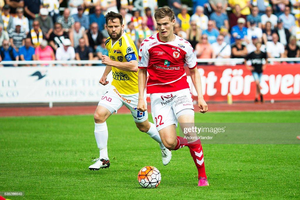 David Svensson of Falkenberg FF and Svante Inglesson of Kalmar FF competes for the ball during the Allsvenskan match between Falkenbergs FF andKalmar FF at Falkenbergs IP on May 29, 2016 in Falkenberg, Sweden.