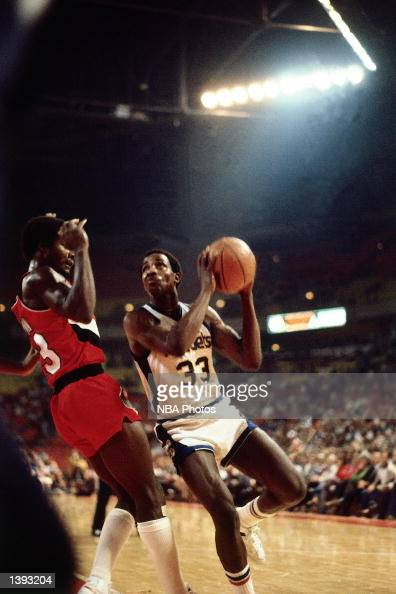 David Thompson of the Denver Nuggets drives to the basket during an NBA game in Denver Colorado NOTE TO USER User expressly acknowledges and agrees...
