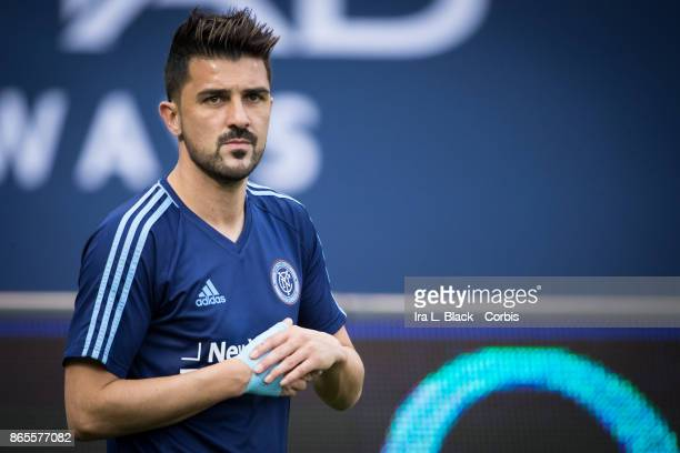 David Villa of New York City FC holds his injured hand during warm ups prior to the MLS match between New York City FC and Columbus Crew at Citi...