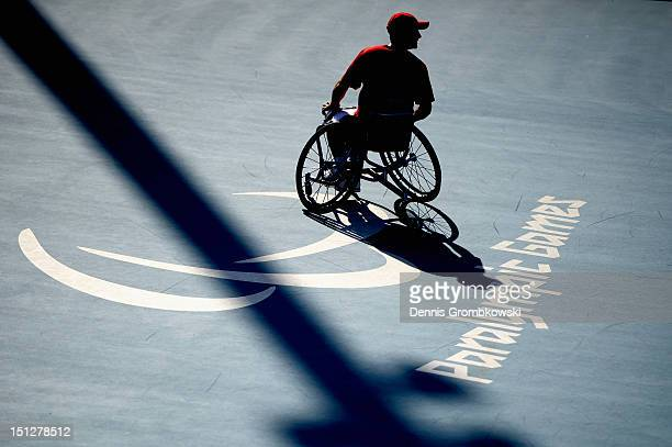 David Wagner of the United States competes in the Quad Doubles Wheelchair Tennis Gold Medal match on day 7 of the London 2012 Paralympic Games at...