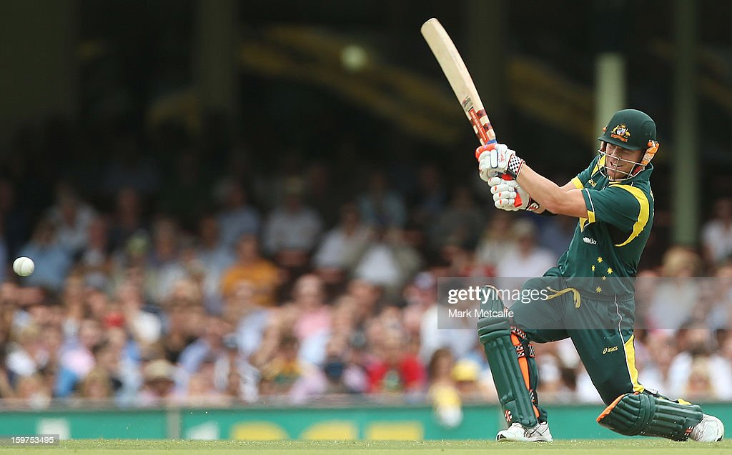 David Warner of Australia bats during game four of the Commonwealth Bank one day international series between Australia and Sri Lanka at Sydney Cricket Ground on January 20, 2013 in Sydney, Australia.