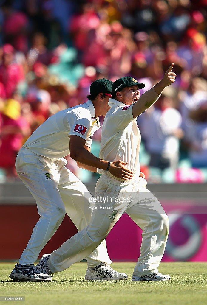 David Warner of Australia celebrates after Angelo Mathews of Sri Lanka was run out during day three of the Third Test match between Australia and Sri Lanka at Sydney Cricket Ground on January 5, 2013 in Sydney, Australia.