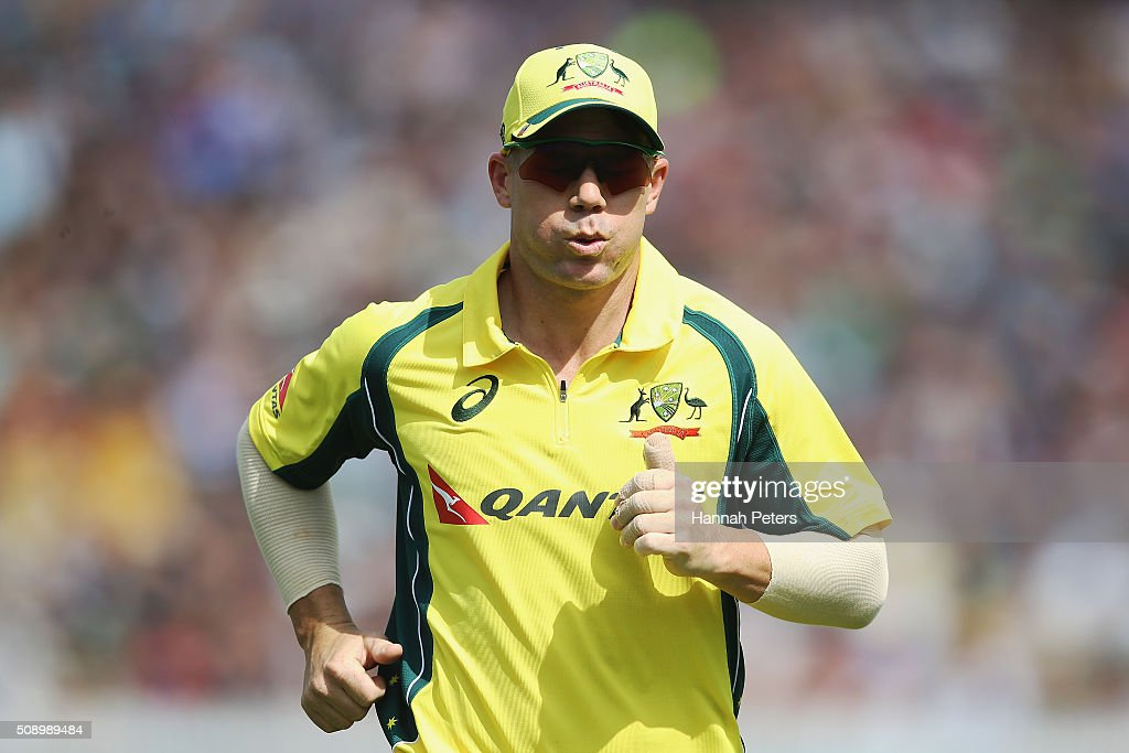 <a gi-track='captionPersonalityLinkClicked' href=/galleries/search?phrase=David+Warner+-+Cricketer&family=editorial&specificpeople=4262255 ng-click='$event.stopPropagation()'>David Warner</a> of Australia fields during the 3rd One Day International cricket match between the New Zealand Black Caps and Australia at Seddon Park on February 8, 2016 in Hamilton, New Zealand.