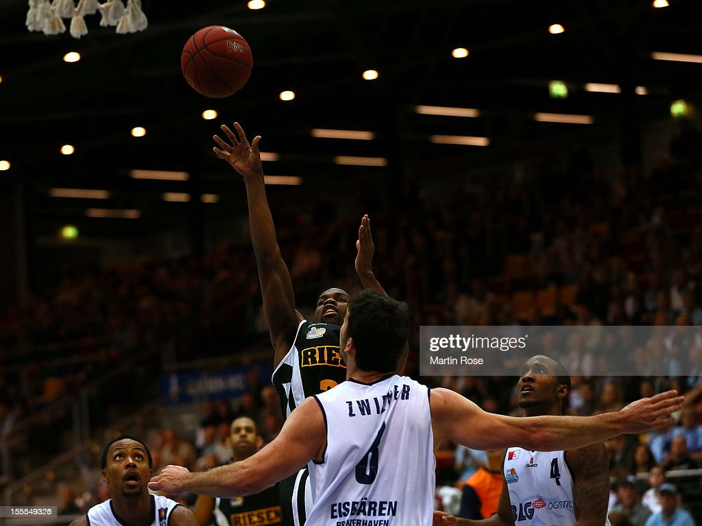 David Weaver of Ludwigsburg throws the ball during the Beko BBL basketball match between Eisbaeren Bremerhaven and Nackar RIESEN Ludwigsburg at the Stadthalle on November 4, 2012 in Bremerhaven, Germany.