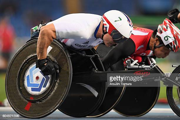 David Weir of Great Britain competes in the Men's 1500m T54 Final on day 6 of the Rio 2016 Paralympic Games at the Olmpic Stadium on September 13...