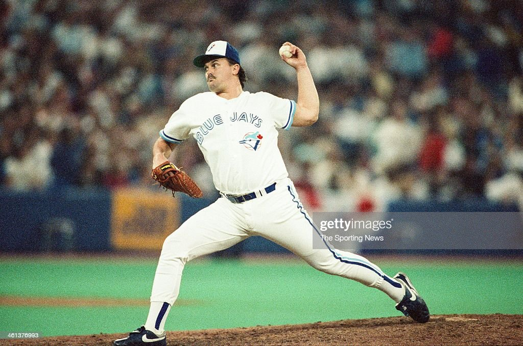 <a gi-track='captionPersonalityLinkClicked' href=/galleries/search?phrase=David+Wells+-+Baseball+Player&family=editorial&specificpeople=202481 ng-click='$event.stopPropagation()'>David Wells</a> of the Toronto Blue Jays pitches during the 1991 American League Championship Series against the Minnesota Twins at Hubert H. Humphrey Metrodome in Minneapolis, Minnesota.