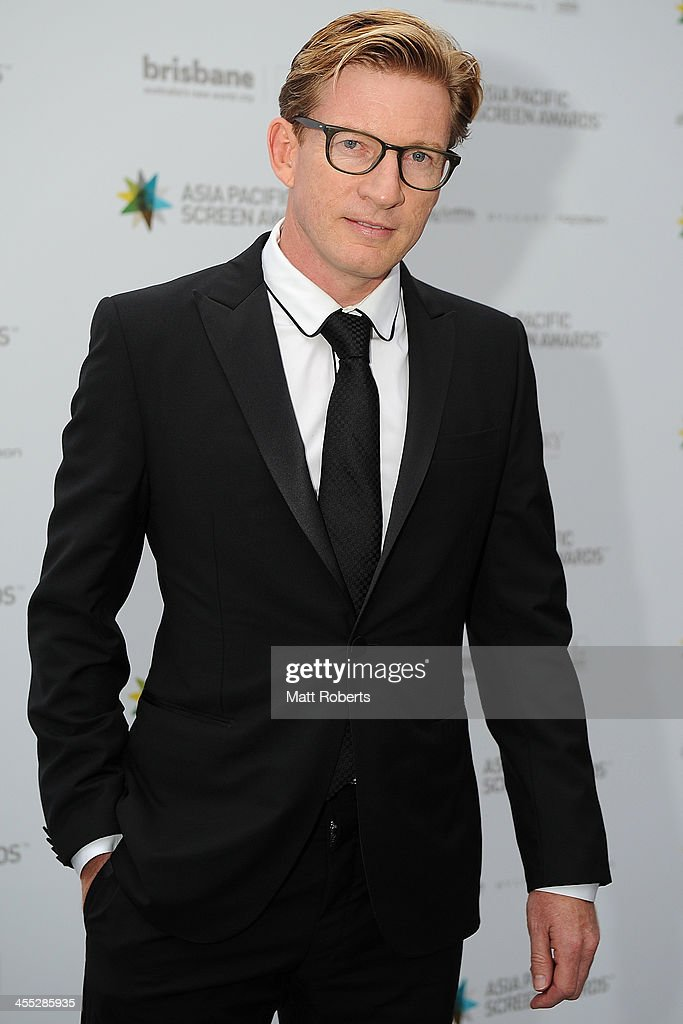 <a gi-track='captionPersonalityLinkClicked' href=/galleries/search?phrase=David+Wenham&family=editorial&specificpeople=2169386 ng-click='$event.stopPropagation()'>David Wenham</a> arrives at the Asia Pacific Screen Awards (APSA) at Brisbane City Hall on December 12, 2013 in Brisbane, Australia.