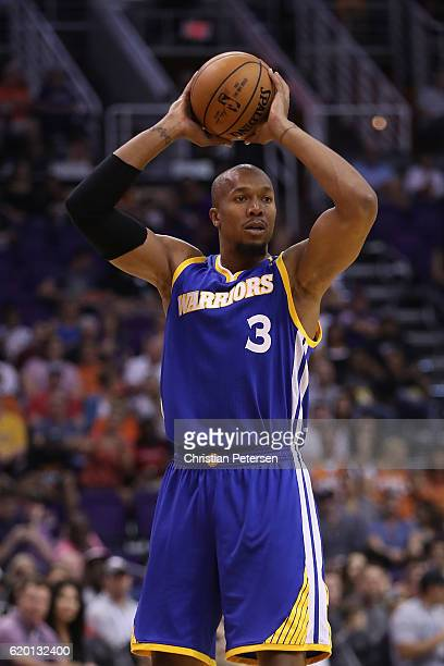David West of the Golden State Warriors looks to pass during the first half of the NBA game against the Phoenix Suns at Talking Stick Resort Arena on...