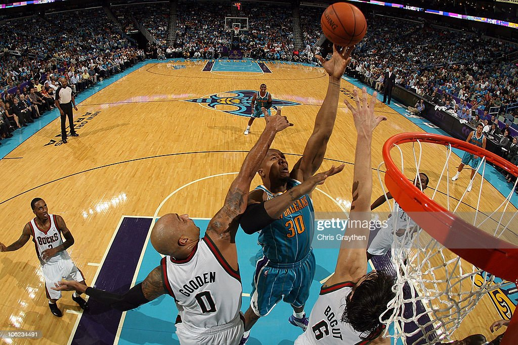 Milwaukee Bucks v New Orleans Hornets