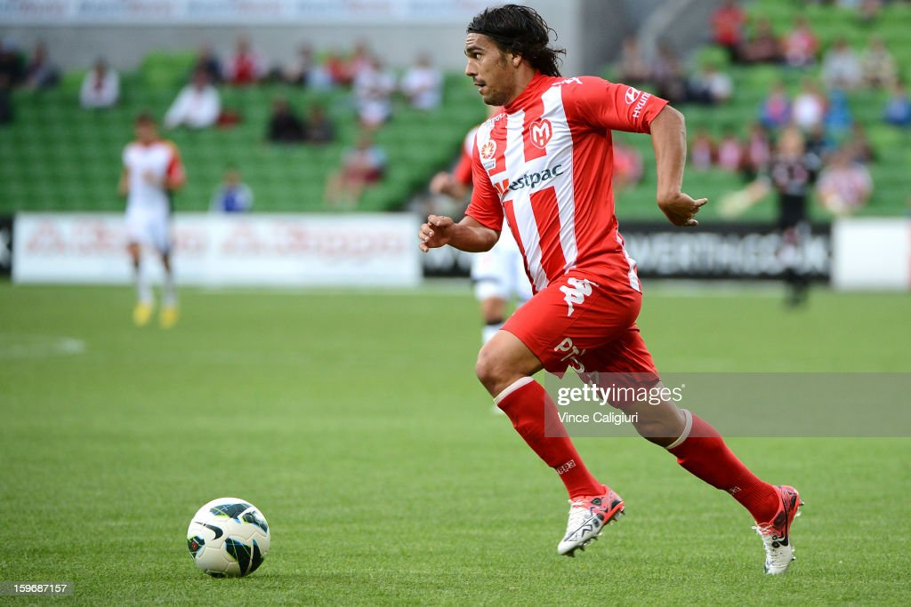 David Williams of the Heart looks to pass the ball during the round seventeen A-League match between Melbourne Heart and Adelaide United at AAMI Park on January 18, 2013 in Melbourne, Australia.