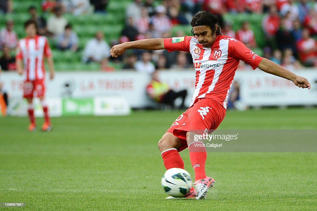 David Williams of the Heart shoots for goal during the round seventeen A-League match between Melbourne Heart and Adelaide United at AAMI Park on January 18, 2013 in Melbourne, Australia.