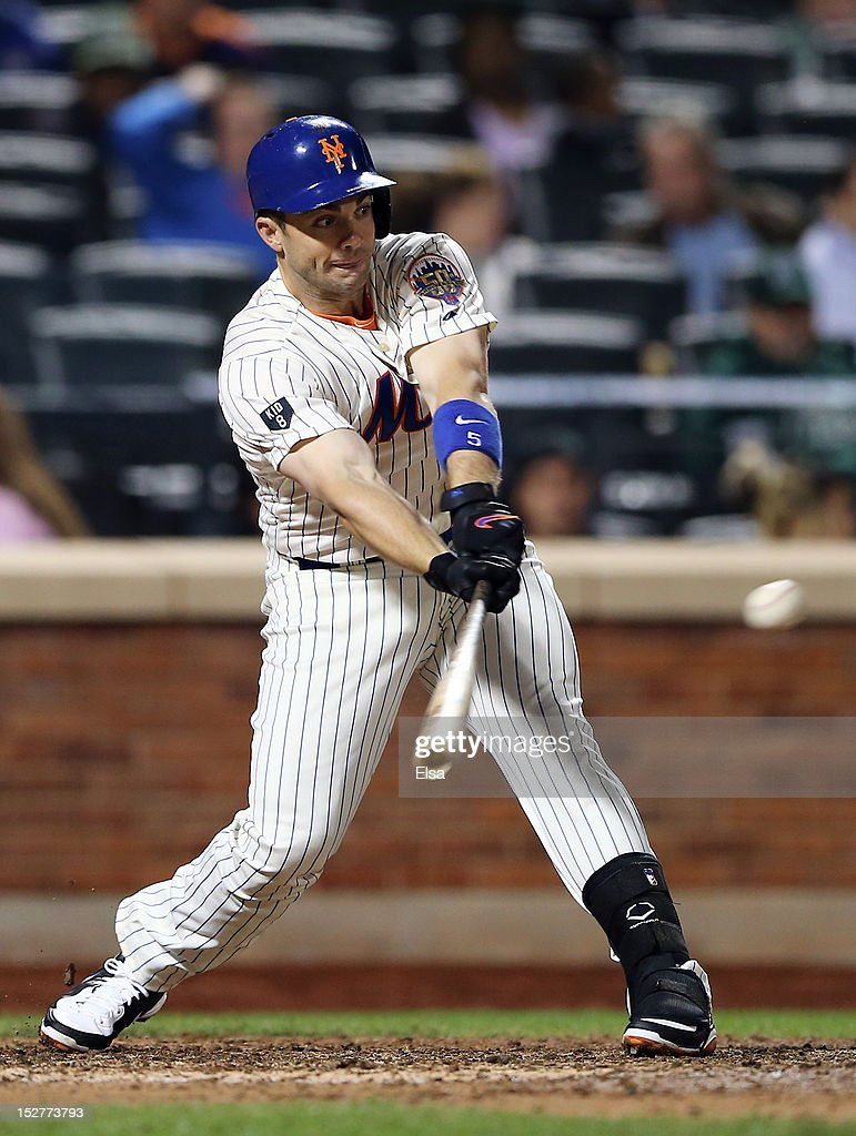<a gi-track='captionPersonalityLinkClicked' href=/galleries/search?phrase=David+Wright+-+Baseball+Player&family=editorial&specificpeople=209172 ng-click='$event.stopPropagation()'>David Wright</a> #5 of the New York Mets hits a 2 RBI single and gets his 1,418th hit in the seventh inning against the Pittsburgh Pirates on September 25, 2012 at Citi Field in the Flushing neighborhood of the Queens borough of New York City.