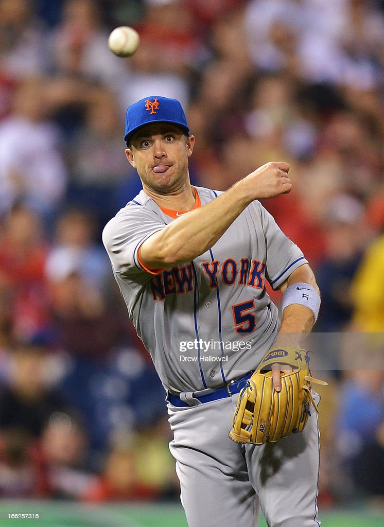 <a gi-track='captionPersonalityLinkClicked' href=/galleries/search?phrase=David+Wright+-+Baseball+Player&family=editorial&specificpeople=209172 ng-click='$event.stopPropagation()'>David Wright</a> #5 of the New York Mets makes a throw to first base to put out Ben Revere #2 of the Philadelphia Phillies in the sixth inning at Citizens Bank Park on April 10, 2013 in Philadelphia, Pennsylvania. The Phillies won 7-3.