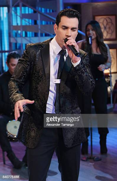 David Zepeda is seen performing on the set of 'El Gordo y La Flaca' at Univision Studios on June 16 2016 in Miami Florida
