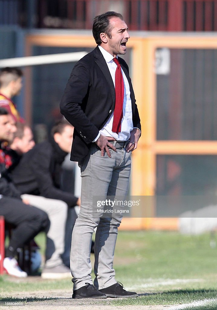 Davide Dionigi head coach of Reggina during the Serie A match between Reggina Calcio and Empoli FC at Stadio Oreste Granillo on December 30, 2012 in Reggio Calabria, Italy.