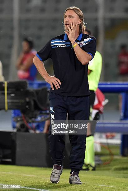 Davide Nicola of FC Crotone during the Serie A match between FC Crotone and Genoa CFC at Adriatico Stadium on August 28 2016 in Pescara Italy