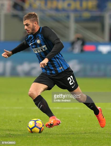 Davide Santon of FC Internazionale Milano in action during the Serie A match between FC Internazionale and Atalanta BC at Stadio Giuseppe Meazza on...