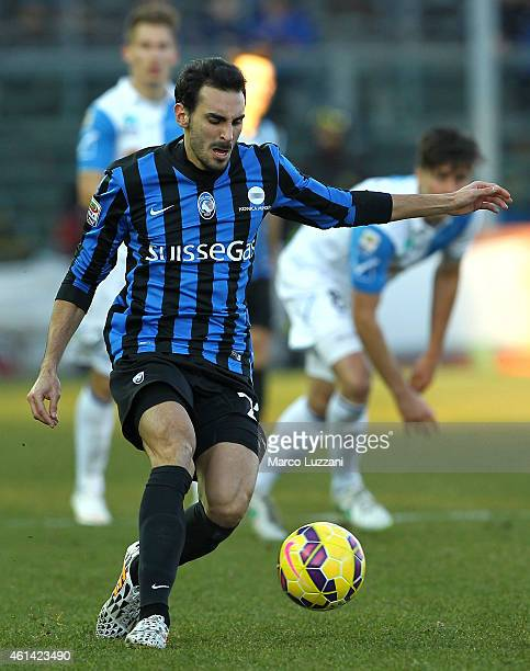 Davide Zappacosta of Atalanta BC in action during the Serire A match between Atalanta BC and AC Chievo Verona at Stadio Atleti Azzurri d'Italia on...