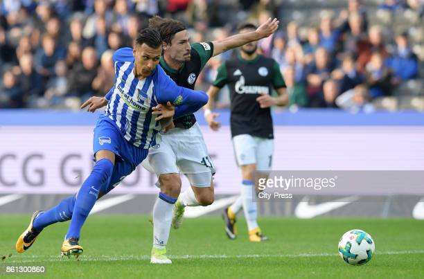 Davie Selke of Hertha BSC and Benjamin Stambouli of FC Schalke 04 during the game between Hertha BSC and Schalke 04 on october 14 2017 in Berlin...