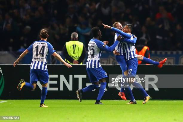 Davie Selke of Hertha BSC Berlin celebrates with team mates after scoring his sides first goal during the UEFA Europa League group J match between...