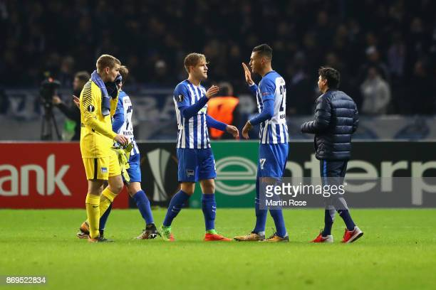 Davie Selke of Hertha BSC Berlin celebrates with team mates after the UEFA Europa League group J match between Hertha BSC and Zorya Lugansk at...