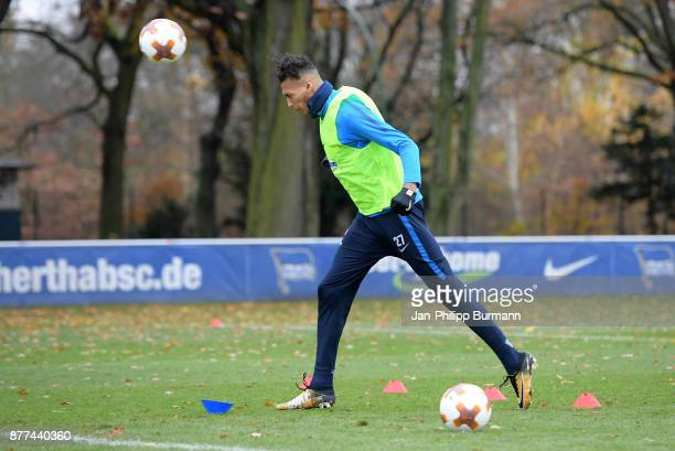 Davie Selke of Hertha BSC heads the ball during the training on november 22 2017 in Berlin Germany