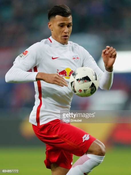 Davie Selke of RB Leipzig controls the ball during the Bundesliga match between RB Leipzig and Hamburger SV at Red Bull Arena on February 11 2017 in...
