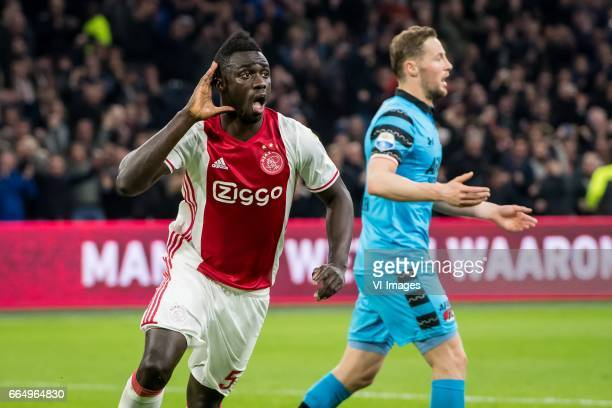 Davinson Sanchez of Ajax 21during the Dutch Eredivisie match between Ajax Amsterdam and AZ Alkmaar at the Amsterdam Arena on April 05 2017 in...