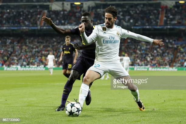 Davinson Sanchez of Tottenham Hotspur FC Isco of Real Madrid during the UEFA Champions League group H match between Real Madrid and Tottenham Hotspur...