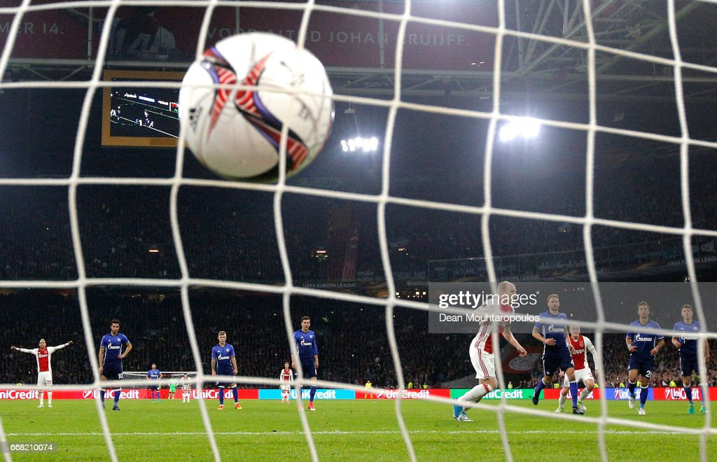 Davy Klaassen of Ajax scores his sides first goal during the UEFA Europa League quarter final first leg match between Ajax Amsterdam and FC Schalke 04 at Amsterdam Arena on April 13, 2017 in Amsterdam, Netherlands.