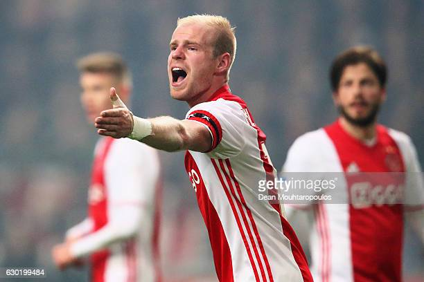 Davy Klaassen of Ajax screams instructions to team mates during the Eredivisie match between Ajax Amsterdam and PSV Eindhoven held at Amsterdam Arena...
