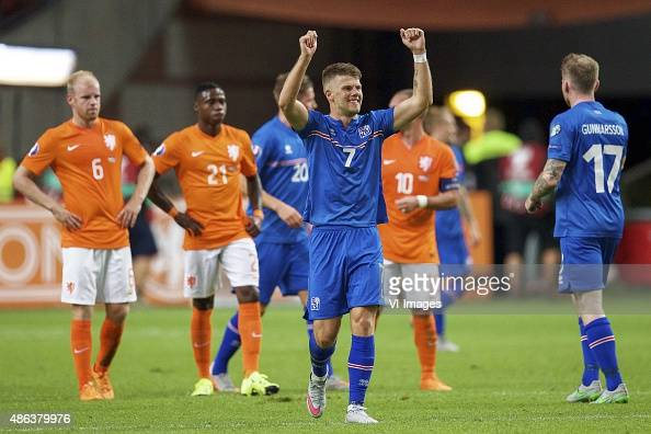 Davy Klaassen of Holland Quincy Promes of Holland Olafur Skulason of Iceland Johann Berg Gudmundsson of Iceland Wesley Sneijderof Holland Aron Einar...