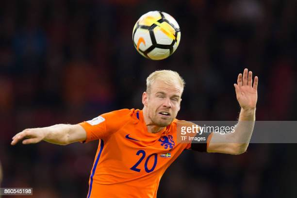 Davy Klaassen of Netherlands controls the ball during the FIFA 2018 World Cup Qualifier between Netherlands and Sweden at Amsterdam ArenA on October...