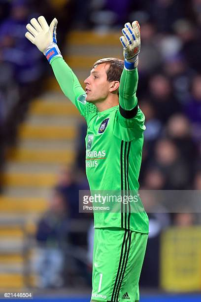 Davy Roef goalkeeper of RSC Anderlecht gestures during the Jupiler Pro League match between RSC Anderlecht and KV Oostende at the Constant Vanden...