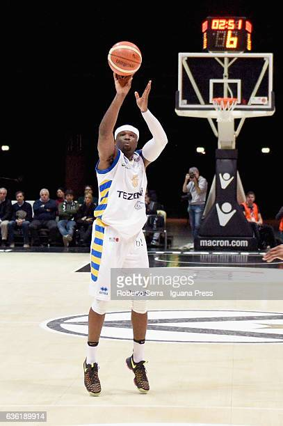 Dawan Robinson of Tezenis in action during the match of LNP LegaBasket Serie A2 between Virtus Segafredo Bologna and Scaligera Tezenis Verona at...