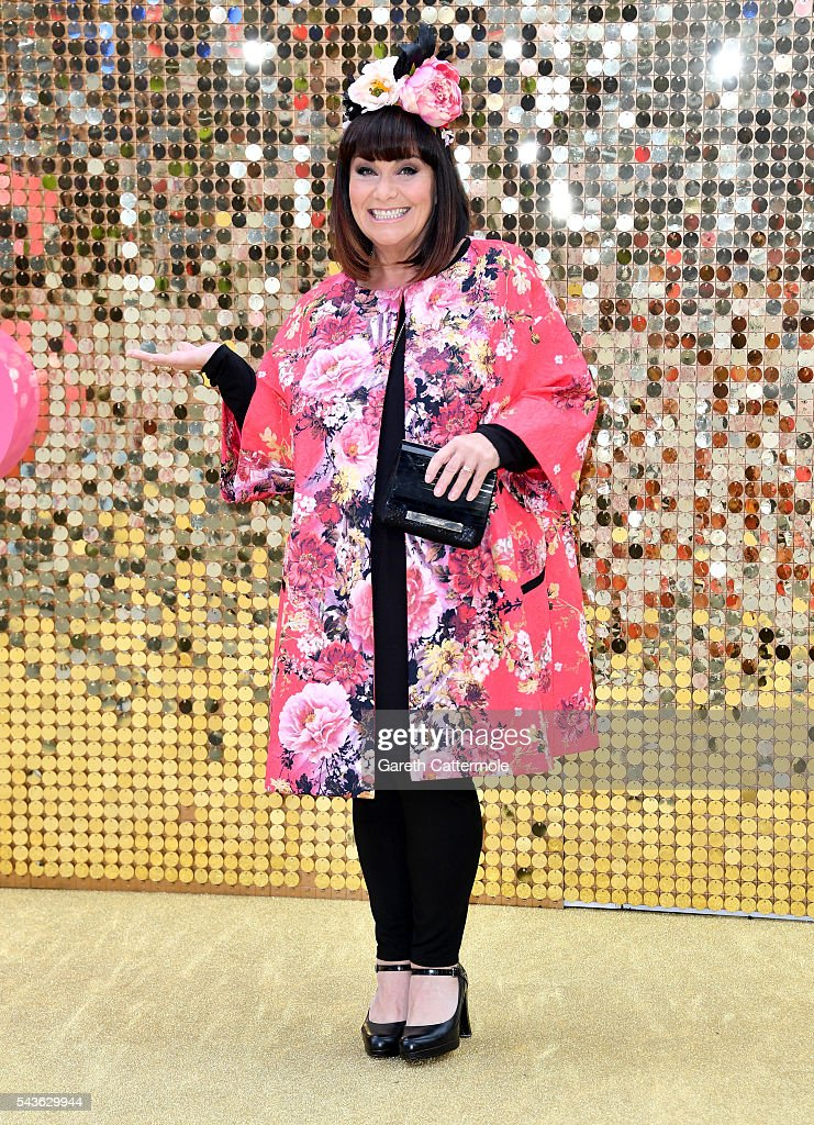 <a gi-track='captionPersonalityLinkClicked' href=/galleries/search?phrase=Dawn+French&family=editorial&specificpeople=207171 ng-click='$event.stopPropagation()'>Dawn French</a> attends the 'Absolutely Fabulous: The Movie' World Premiere at the Odeon Leicester Square on June 29, 2016 in London, England.