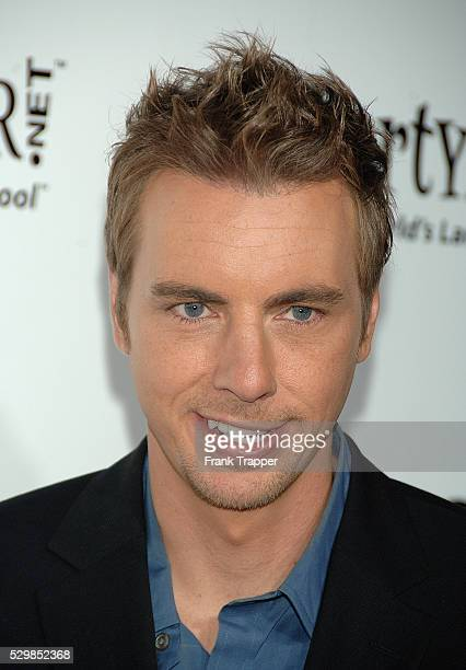 Dax Shepard arrives at the premiere of 'Employee of the Month' held at Grauman's Chinese Theater in Hollywood
