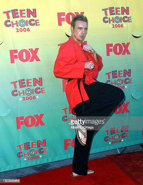 Dax Shepard during 2006 Teen Choice Awards Arrivals at Gibson Amphitheatre in Universal City California United States
