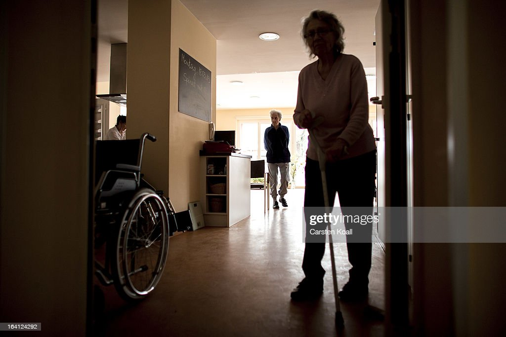 Day guests stay in the geriatric day care facility of the German Red Cross at Villa Albrecht on March 18 2013 in Berlin Germany A great number of...